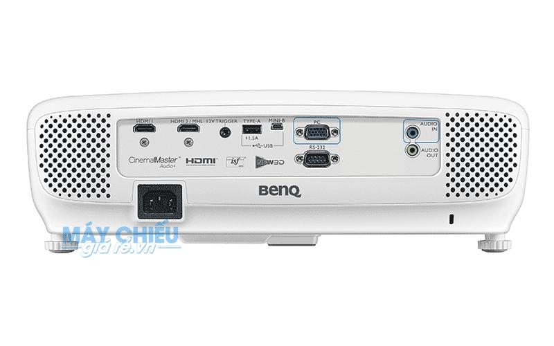 Máy chiếu BenQ W1210ST độ phân giải Full HD