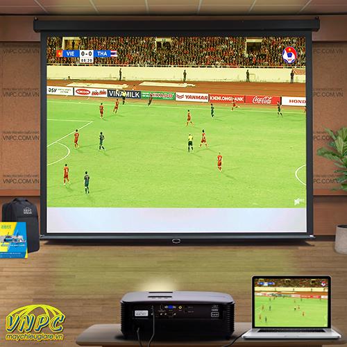 Optoma PW450 chiếu bóng đá cho quán cafe