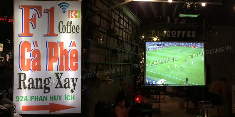Lắp máy chiếu bóng đá K+ cho quán cà phê F1 tại TpHCM