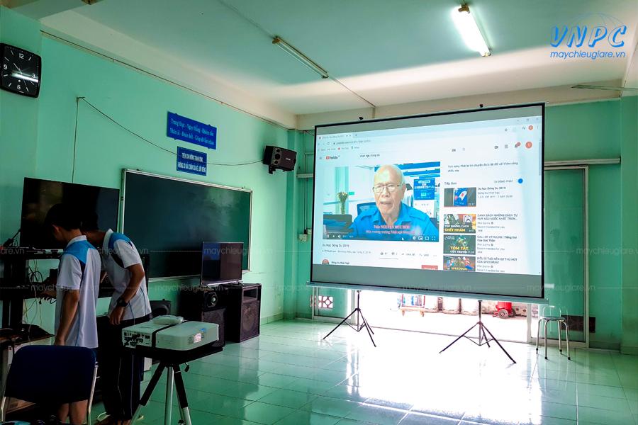 VNPC cung cấp máy chiếu phục vụ giảng dạy