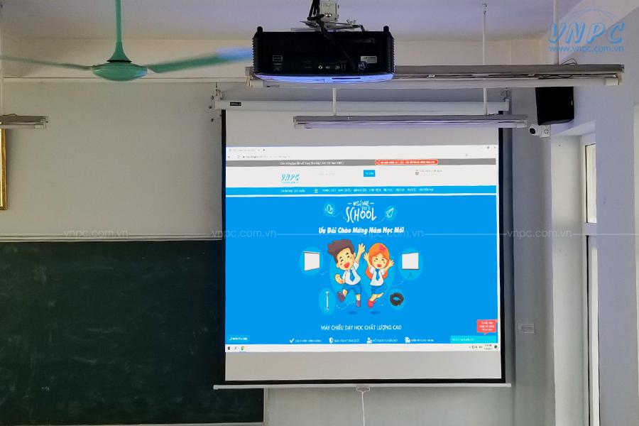 Lắp đặt Optoma PS368 phục vụ giảng dạy tại Trường THPT Thạch Bàn