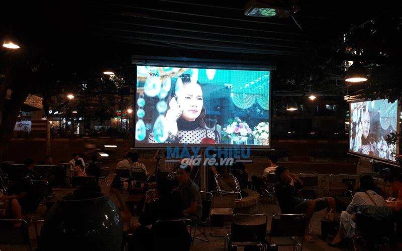 Lắp máy chiếu Epson EB-X41 xem bóng đá tại Q. Gò Vấp