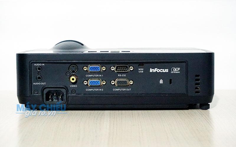 Máy chiếu cũ Infocus IN112 độ sáng 2700 Ansi Lumens chính hãng giá rẻ