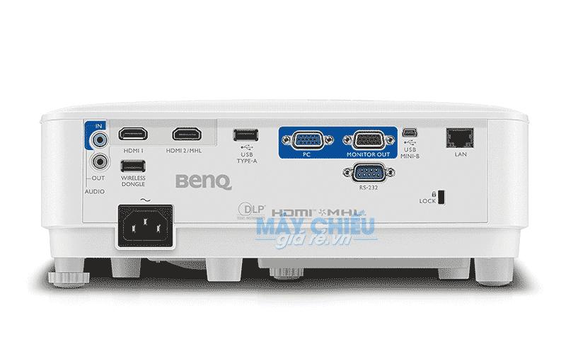 Máy chiếu BenQ MH733 độ sáng cao 4000Ansi Full HD 3D