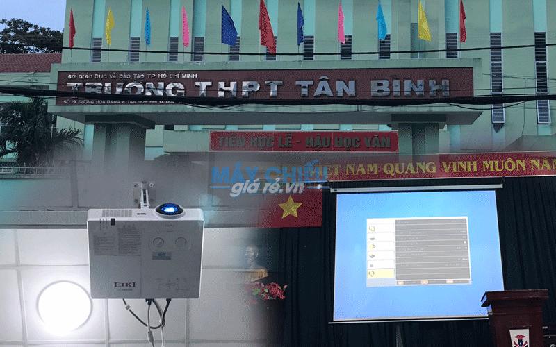Lắp đặt máy chiếu cho hội trường tại Trường THPT Tân Bình