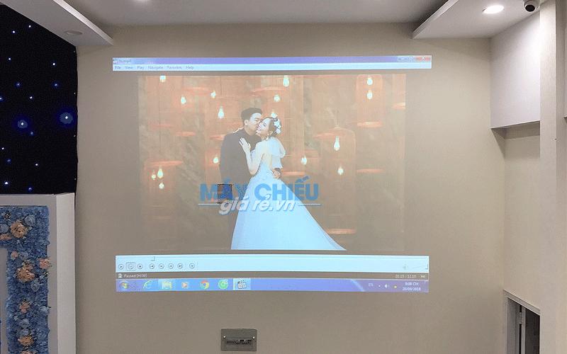 VNPC lắp đặt máy chiếu cho nhà hàng tiệc cưới Valentine's TpHCM