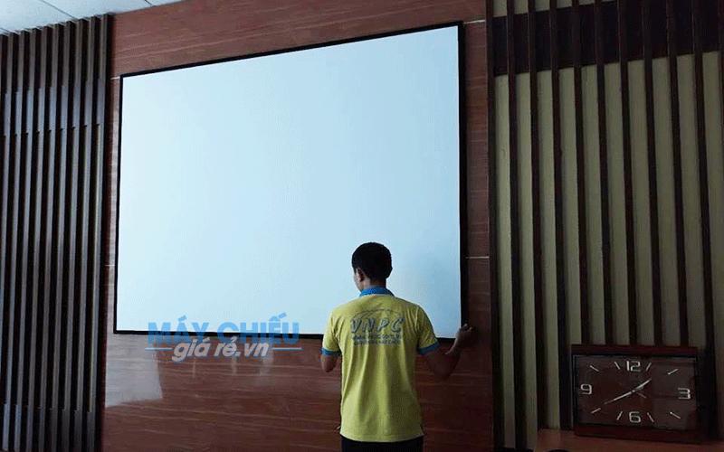 Màn chiếu tương phản cao cho phòng phim Full HD 3D chuyên nghiệp
