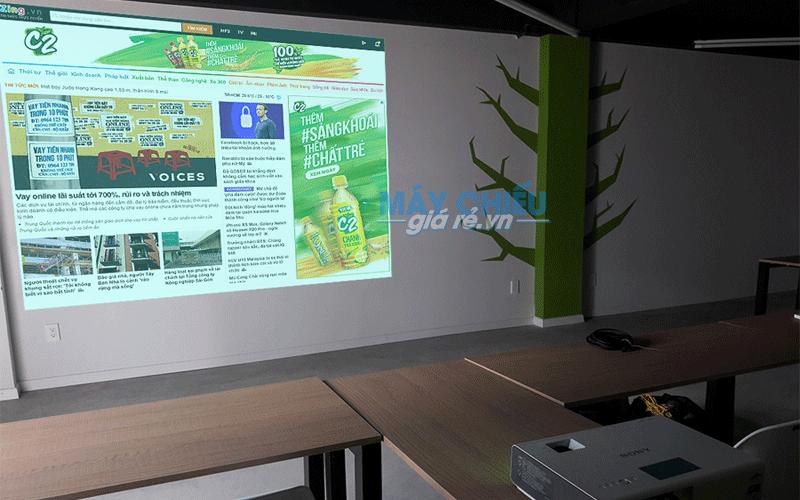 Máy chiếu chiếu văn bản Word, PowerPoint cho văn phòng, lớp học