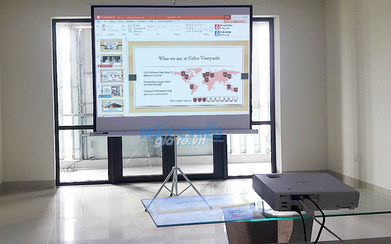 Máy chiếu chiếu văn bản Word, PowerPoint chất lượng giá rẻ