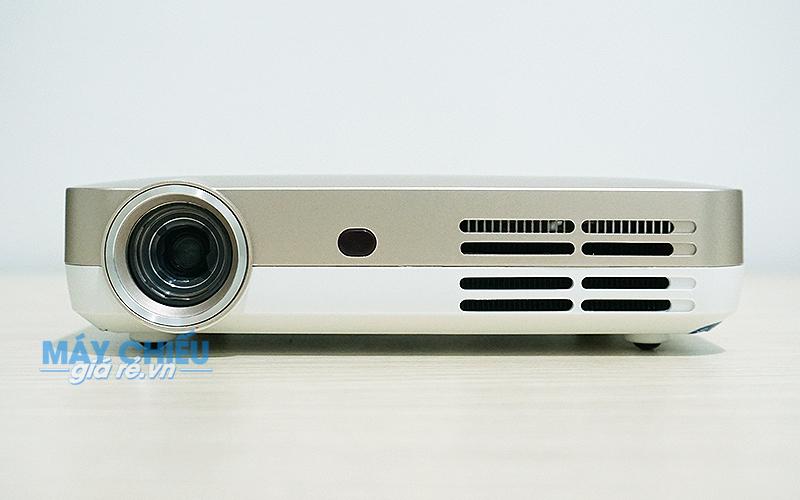 Máy chiếu mini LED Optoma ML330 thiết kế nhỏ gọn phân giải HD
