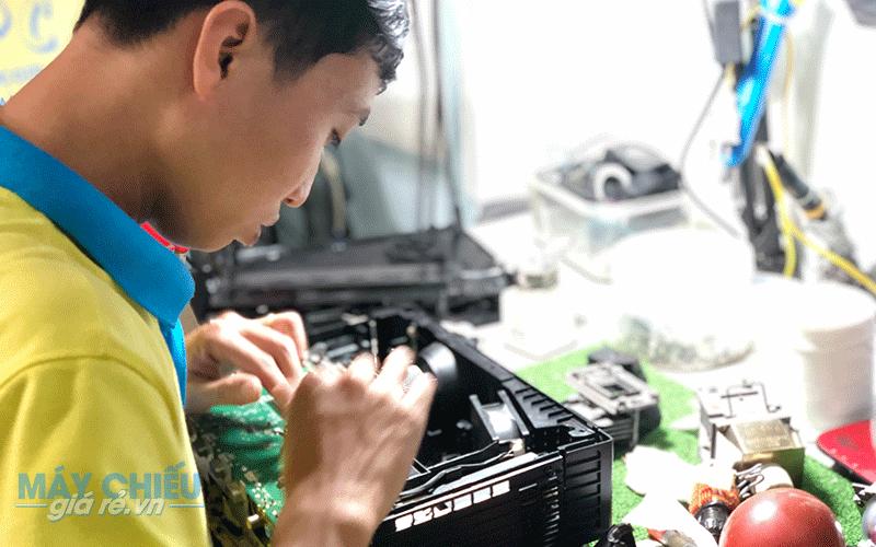 Sửa chữa máy chiếu giá rẻ tại Hải Phòng uy tín nhất