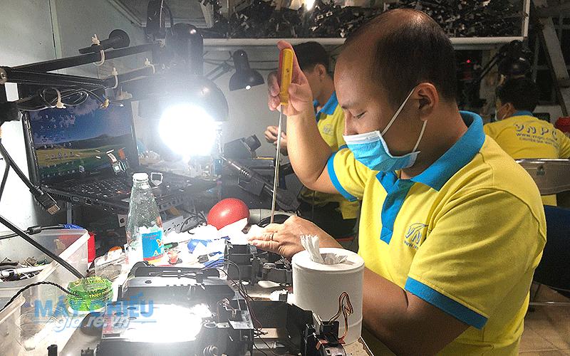 Sửa chữa máy chiếu tại Vĩnh Phúc giá rẻ nhất toàn quốc