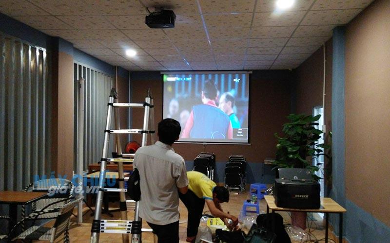 Lắp đặt máy chiếu xem bóng đá Optoma PS368 tại Q.Thủ Đức