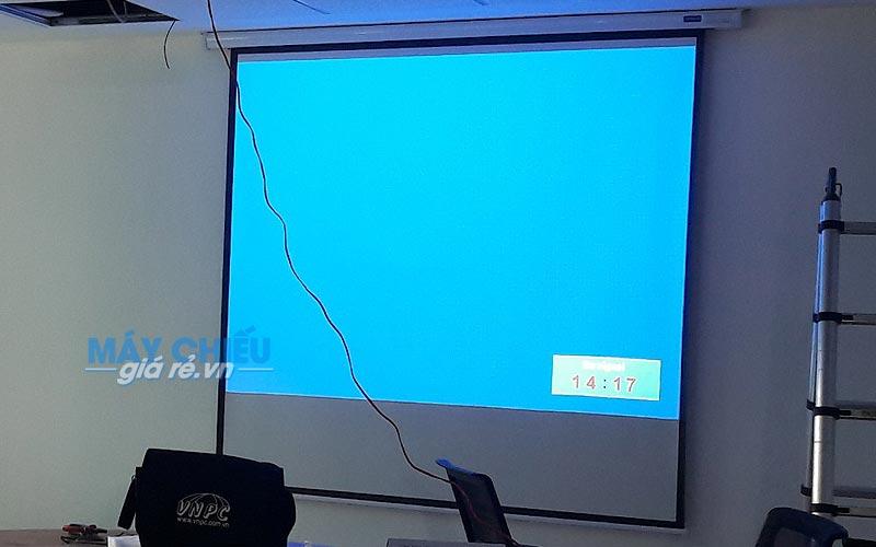 Lắp đặt máy chiếu Panasonic PT-LB303 cho văn phòng công ty tại TpHCM