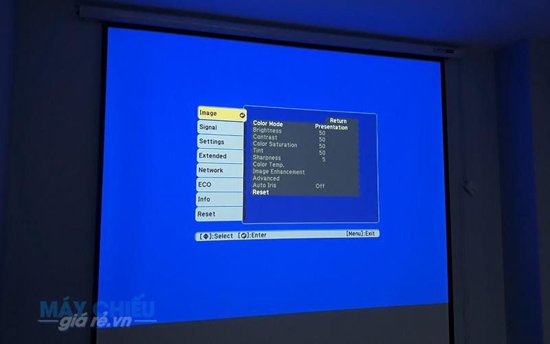 Thi công lắp đặt máy chiếu Epson EB-X05 cho phòng họp uy tín giá rẻ