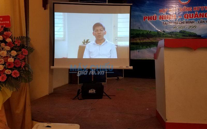 VNPC cung cấp máy chiếu cho thuê tổ chức sự kiện chuyên nghiệp