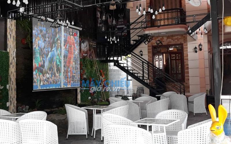 ViewSonic PA502X độ sáng cao đáp ứng tốt cho quán cafe không gian rộng