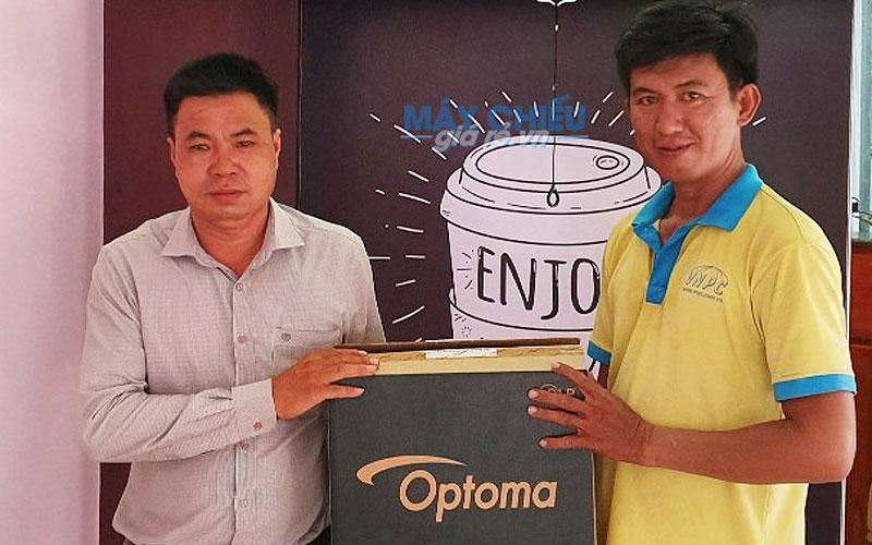 VNPC chuyên cung cấp máy chiếu Optoma chính hãng tại thị trường Việt Nam