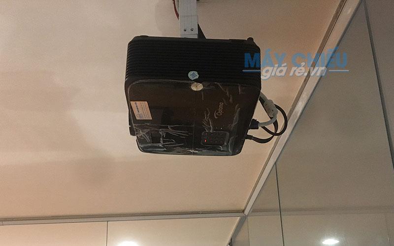 Lắp đặt Optoma PW450 treo trần cố định cho văn phòng công ty