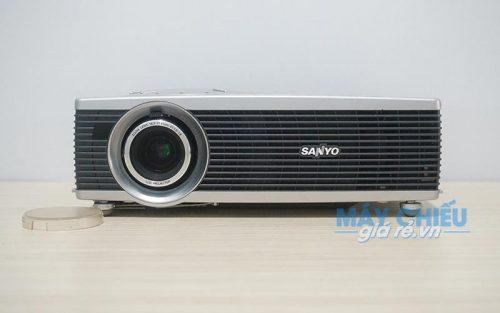 Máy chiếu mini cũ Sanyo PLC-SW30 chính hãng giá rẻ tại VNPC
