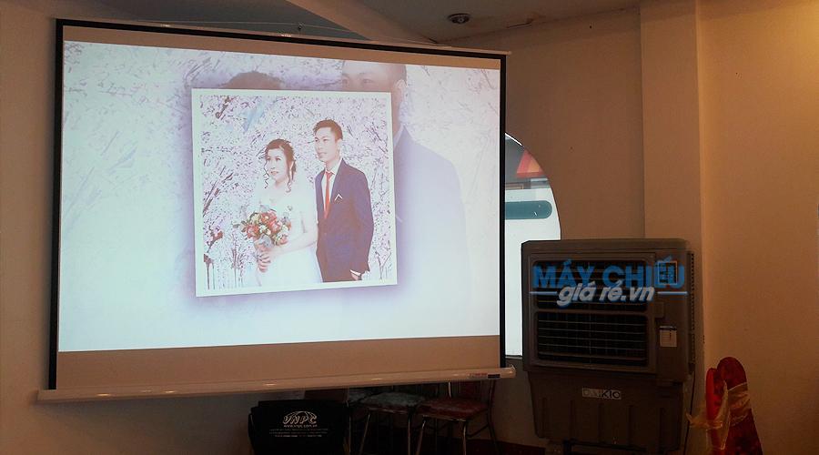 VNPC chuyên cho thuê máy chiếu tiệc cưới giá rẻ tại TpHCM & Hà Nội