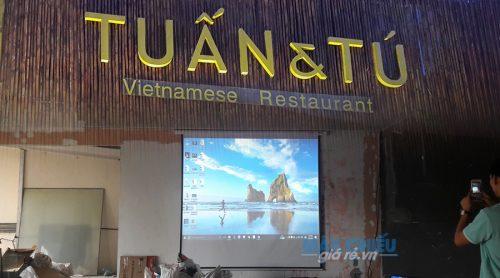 VNPC lắp đặt máy chiếu Vivitek BW566 cho nhà hàng Tuấn Tú