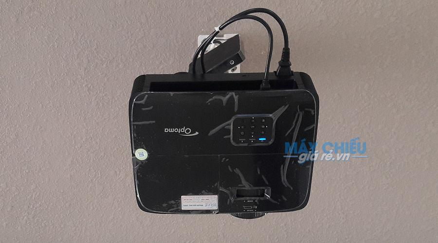 Lắp đặt máy chiếu HD Optoma PW450 treo trần cố định