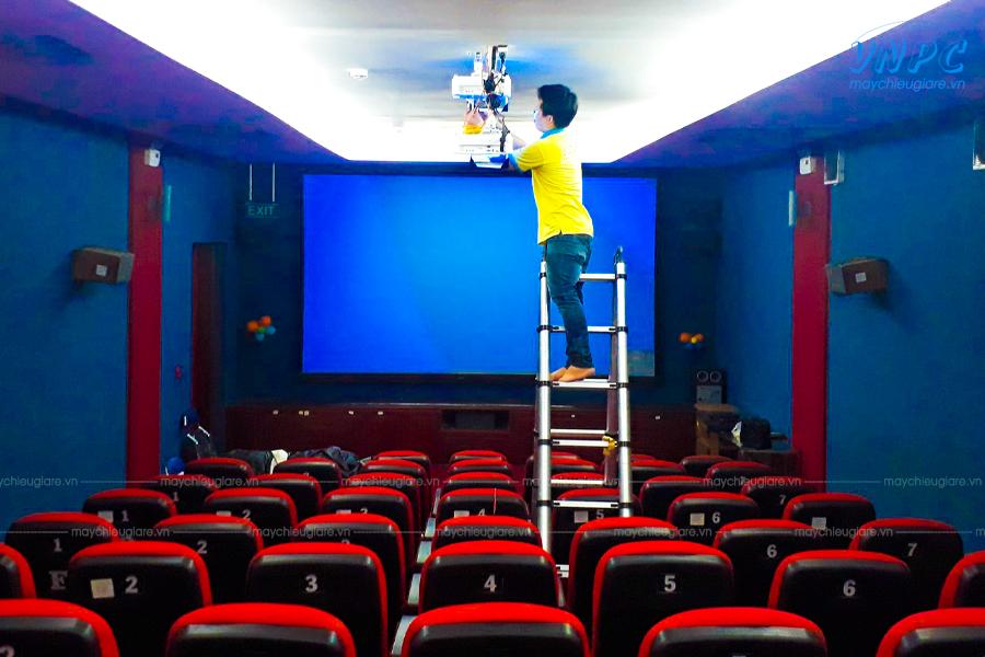 VNPC lắp đặt máy chiếu cho phòng phim 3D tại nhà văn hóa Tân Bình