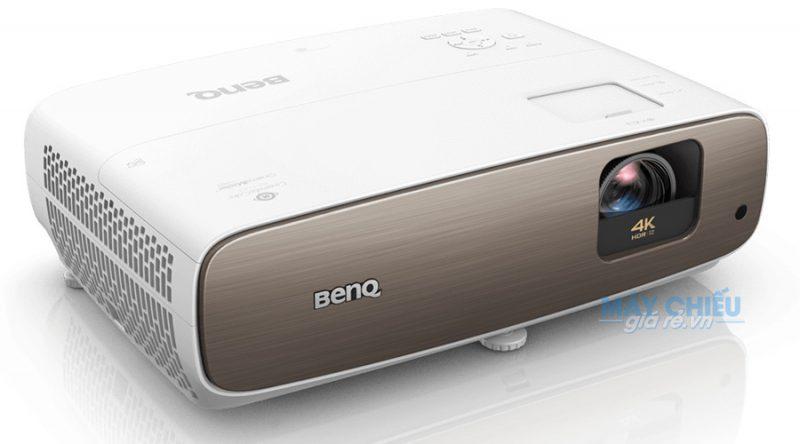 Máy chiếu BenQ W2700 độ phân giải 4K