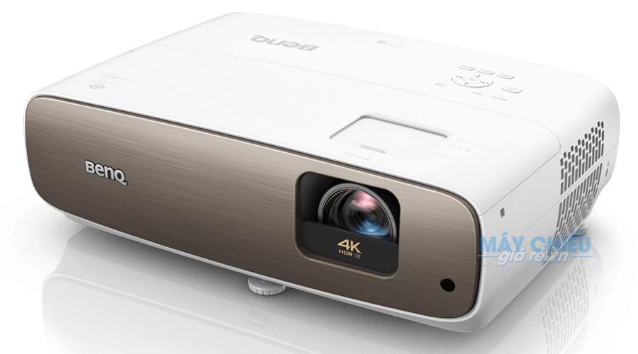Máy chiếu 4K BenQ W2700 chính hãng