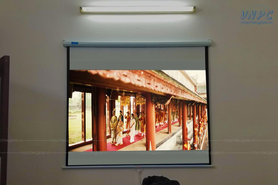 VNPC lắp đặt Optoma PS368 và màn chiếu 80inch