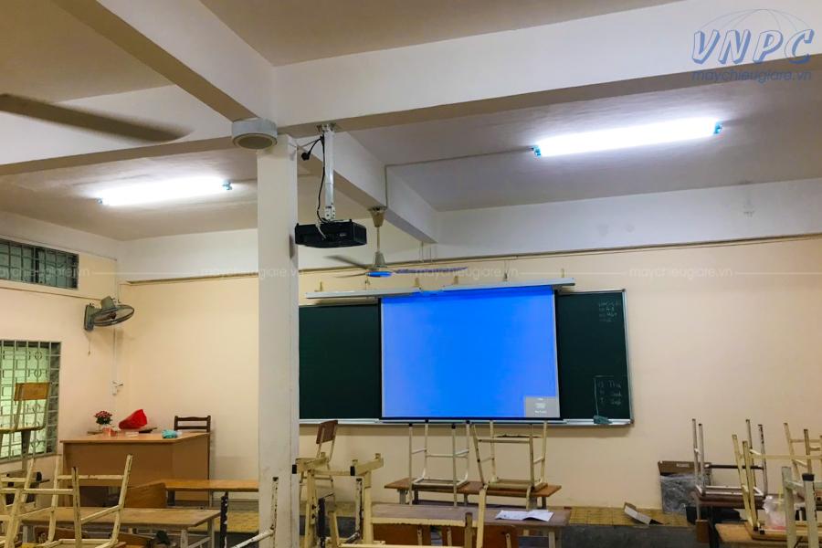 Lắp đặt máy chiếu dạy học Optoma PX390 tại Trường THCS Điện Biên