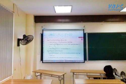 """Lắp đặt Optoma PX390 & Màn chiếu treo 100"""" cho lớp học tại Hà Nội"""