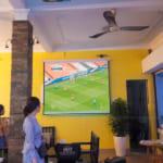 Máy chiếu bóng đá dùng cho quán cafe tốt giá rẻ