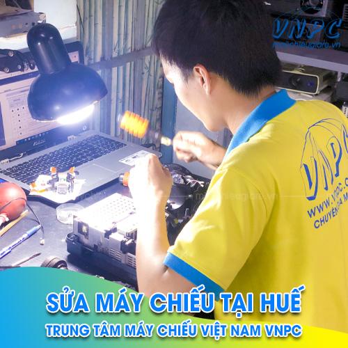 sửa máy chiếu tại Huế giá rẻ VNPC