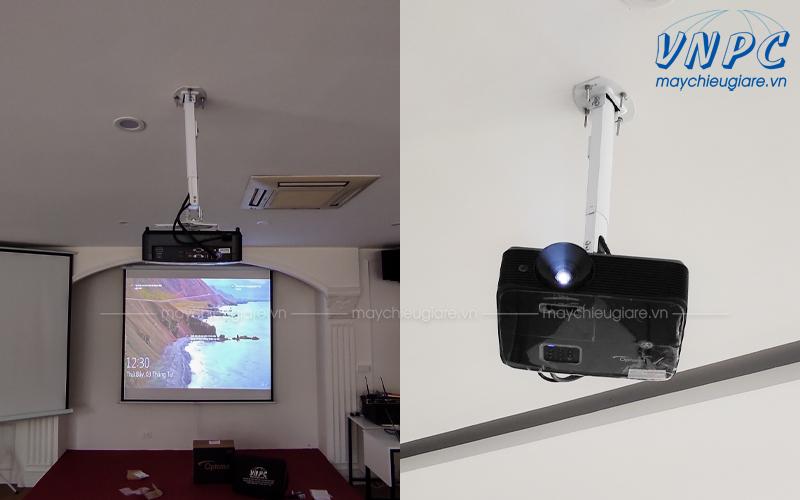Lắp đặt máy chiếu văn phòng Optoma PW450 xoay 360 độ